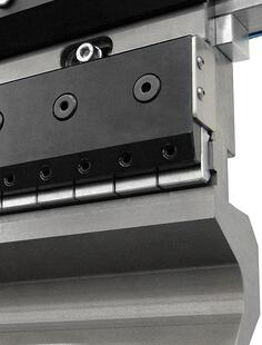 automatic clamping system for hydraulic press brake