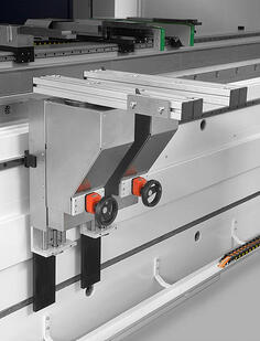 front support for press brakes